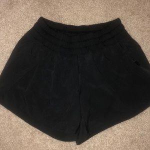 BRAND NEW lululemon tracker shorts